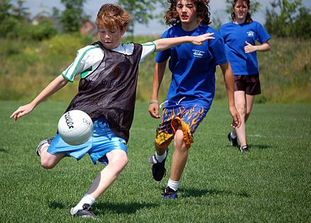 440px-Children_playing_Gaelic_football_Ajax_Ontario